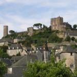Visiter Turenne en Corrèze: guide et conseils pratiques