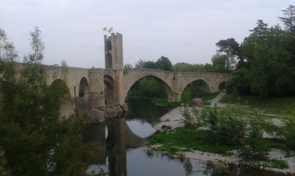 Besalu Bridge, visit Catalonia, Besalu
