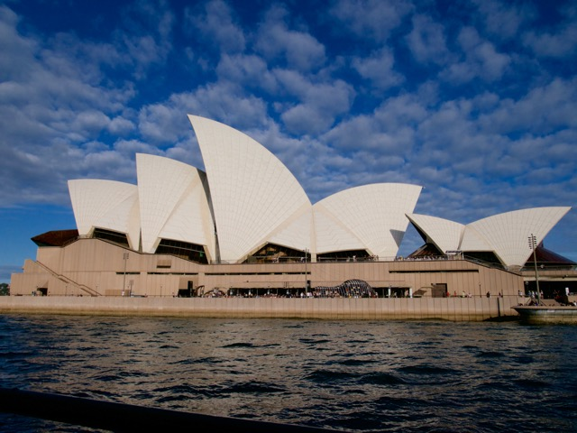 Australia, Sydney, Moving to Australia