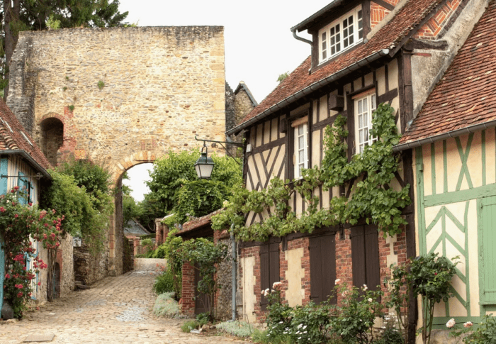 Romantic getaways near Paris: 2 days outside Paris